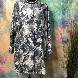 📌Susan Graver Floral Beautiful long Jacket
